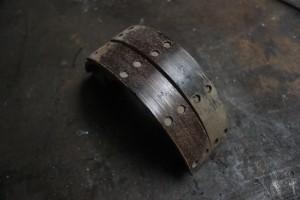 Glazed riveted brake shoes