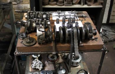 Rebuilding A Honda CB400