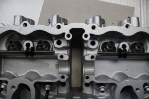 Honda CB400  valve guides in engine