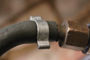 Ducati 250 mach 1 leaking fule line clip