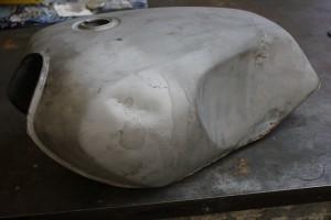 yamaha RD 350 tank (1)